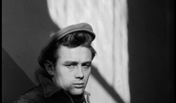USA. Indiana. Fairmount. 1955. James DEAN, US Actor returned to Fairmount where he spent his youth, and visited his old school,the Fairmount High School